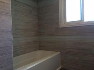 Bathroom Tile (3)