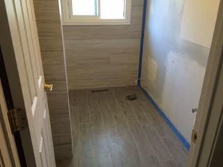Bathroom Tile (4)