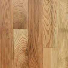 Red Oak is one of the most popular species for hardwood flooring, it is known for having fairly heavy graining & moderate color variations. Coloring of Red Oak ranges from light creamy reddish pinks to shades of brown.