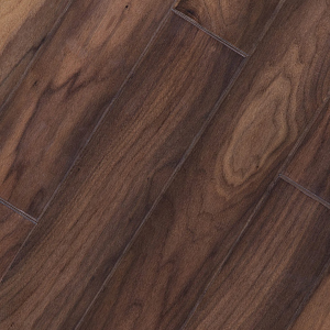 Walnut has a very rich chocoalte brown color with some variations of lighter browns and tans. It's graining is a fine straight grain with moderate variations.This floor has a very warm natural feel to it.